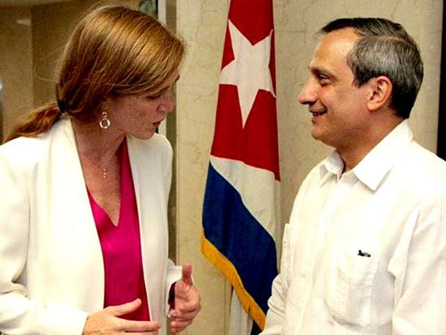US-ambassador-to-the-UN-Samantha-Power-during-her-visit-to-the-Cuba-s-UN-mission-Image-source-Twitter-AmbassadorPower