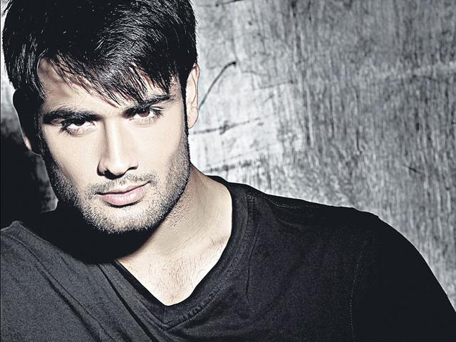 Vivian-Dsena-looks-out-for-his-fans-response-HT-Photo