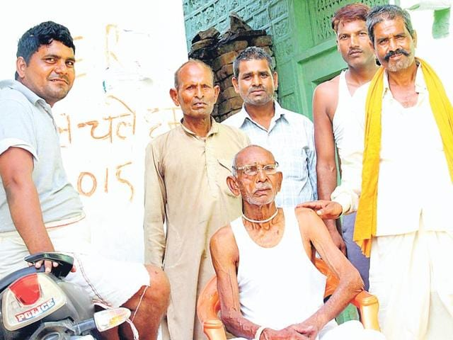 Motiram-Jatav-the-man-who-gave-the-tip-off-to-police-about-Tomar-s-whereabouts--along-with-other-villagers-Ritesh-Mishra-HT-Photo