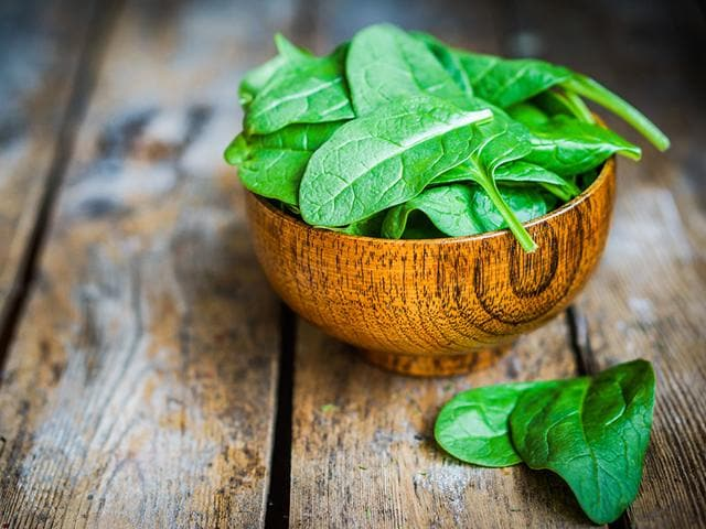 The-study-says-that-the-concentrated-extract-of-thylakoids-found-in-spinach-reduces-food-cravings-by-releasing-satiety-hormones-Shutterstock-Photo