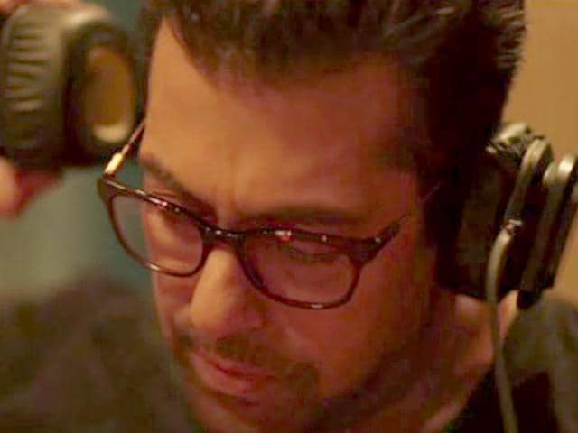 Hero-remake-will-be-the-first-time-Salman-Khan-will-be-lending-his-voice-for-another-actor-Sooraj-Pancholi-in-both-Kick-and-Wanted-he-sang-for-himself-Facebook-HeroTheFilm