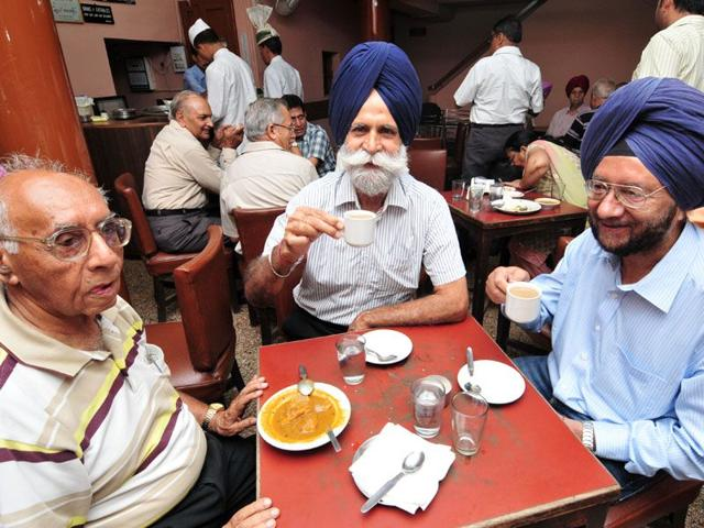 Customers pay back in love-a group of customers has been coming everyday and sitting at the same table for the last 40 years. Ravi Kumar/HT