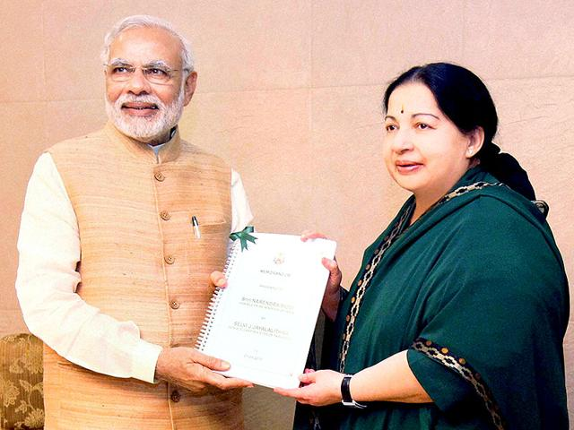 Prime-Minister-Narendra-Modi-in-a-meeting-with-the-Tamil-Nadu-chief-minister-J-Jayalalithaa-in-Chennai-on-Friday-Modi-was-in-Chennai-to-attend-a-function-on-the-occasion-of-National-Handloom-day-PTI-Photo