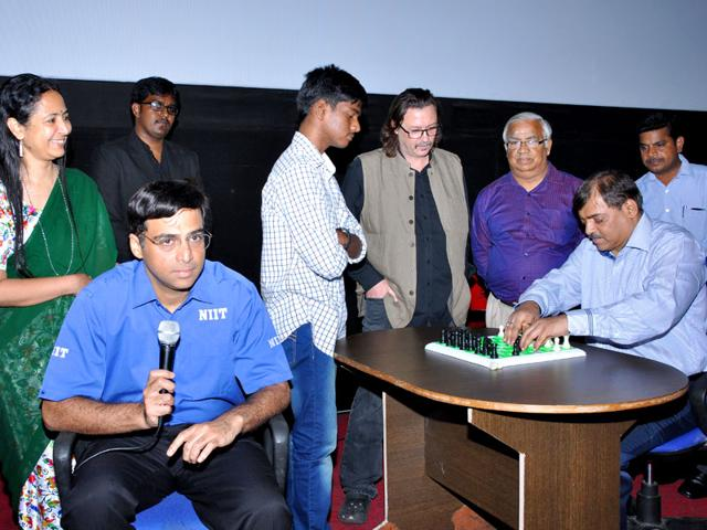 Viswanathan Anand,chess,visually-impaired players