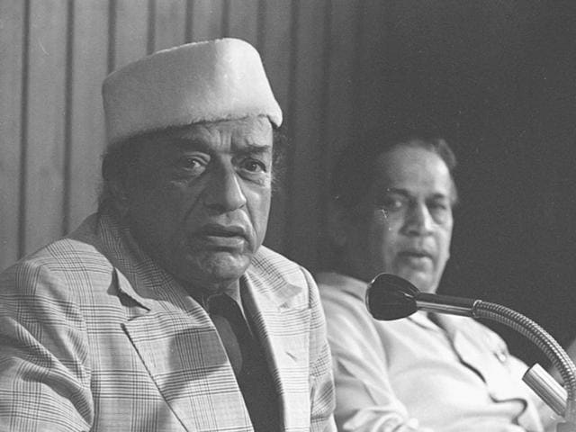 A file photo from 07 April 1981 shows V Shantaram at an event. (HT Photo by KK Chawla)