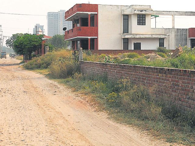 Parts of New Palam Vihar from where the Dwarka Expressway is expected to pass