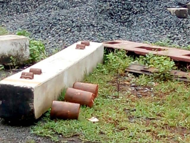 Socket bombs were found inside Falaknuma Express at Howrah station. (Subham Jyoti/HT Photo)