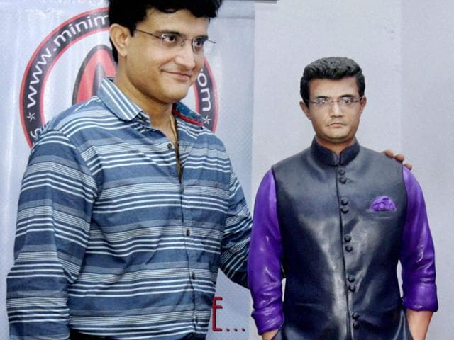 Former Indian cricketer Sourav Ganguly unveils his own statue to celebrate his 43rd birthday at his Behala residence in Kolkata on Wednesday, July 8, 2015. (PTI Photo)
