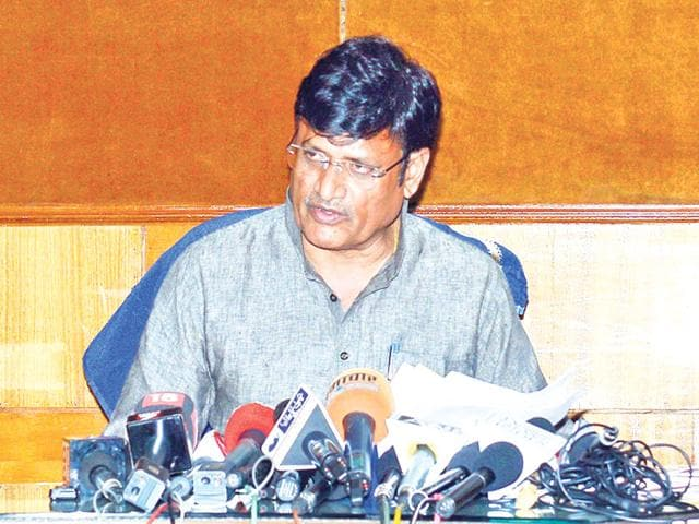Parliamentary affairs minister Rajendra Singh Rathore addresses mediapersons after the cabinet meeting, at Secretariat in Jaipur on Tuesday. HT Photo
