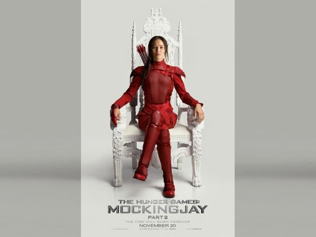 Jennifer Lawrence in the new poster of The Hunger Games: Mockingjay Part 2.