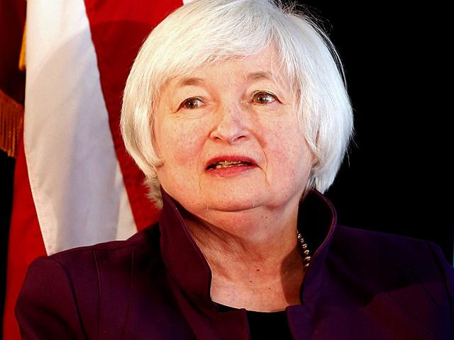 US Federal Reserve chair Janet Yellen waits to speak at The City Club of Cleveland. (Reuters Photo)