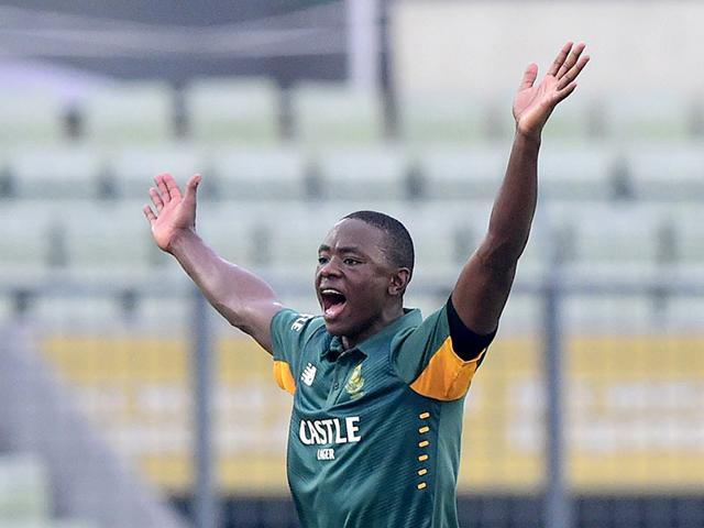 South African cricketer Kagiso Rabada celebrates the wicket of Bangladesh cricketer Mohammad Mahmudullah during the first one-day international match between Bangladesh and South Africa at the Sher-e-Bangla National Cricket Stadium in Dhaka on July 10, 2015. Rabada took six for 16 on debut as South Africa won by 8 wickets. (AFP Photo)
