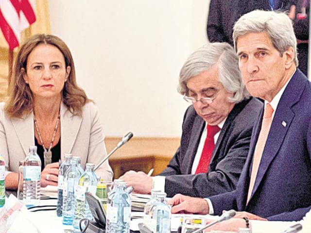 World leaders, including US secretary of state John Kerry (second from right), at the Iran nuclear talks in Vienna, on Monday. (AFP Photo)