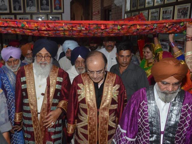 Amritsar,Parkash Singh Badal,Arun Jaitley