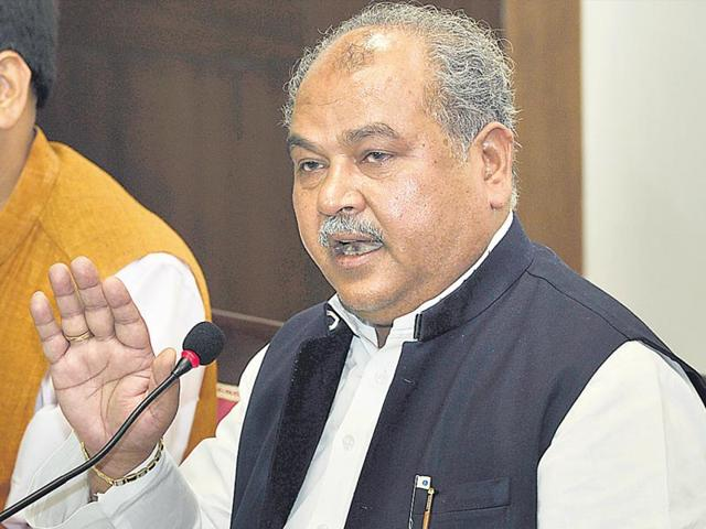Union minister for mining Narendra Singh Tomar speaking on Vyapam scam in Bhopal on Tuesday. (Praveen Bajpai/HT Photo)