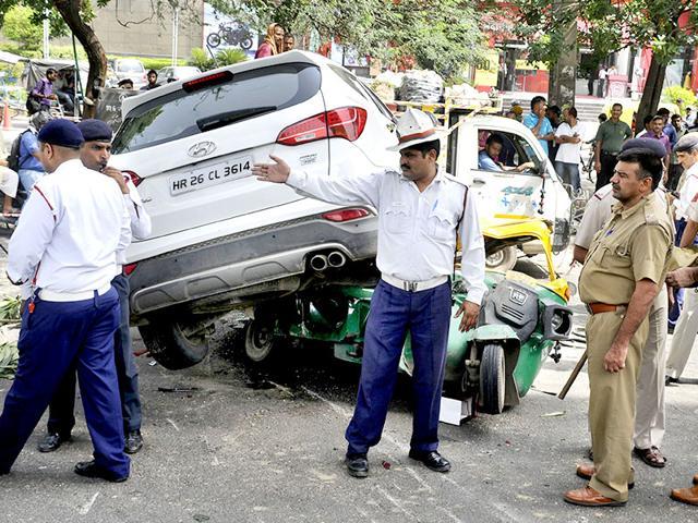 Gurgaon,Gurgaon accident,Gurgaon shooting