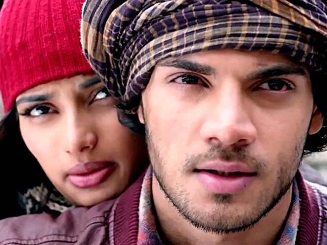 Sooraj Pancholi and Athiya Shetty in Hero trailer