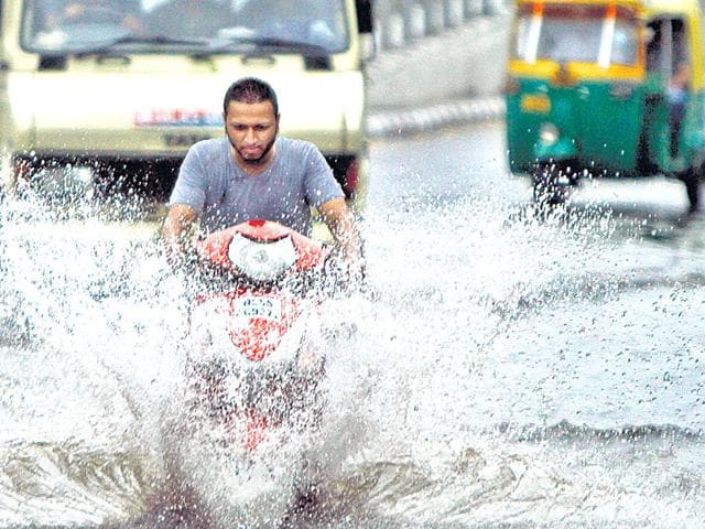 A wet weekend lies ahead for Delhiites with the weatherman predicting heavy rainfall on Saturday and Monday. India,Meteorological Department,Monsoon