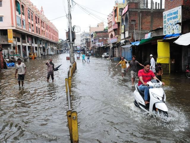 heavy rains in Indore