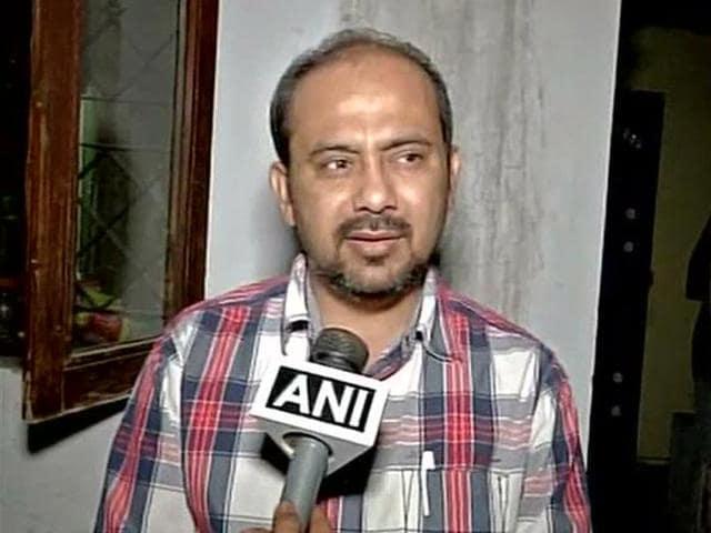 Dilip Pandey,AAP,Delhi Police