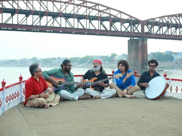 Himanshu Joshi, Nikhil Rao, Rahul Ram, Amit Kilam and Tuheen Chakravorty of Indian Ocean.