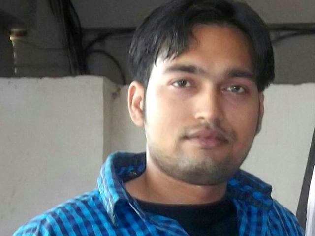 Fencing champion Hoshiyar Singh died after he was allegedly pushed off a moving train. (HT Photo)