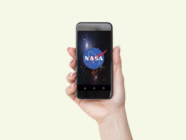 A trip to the meteor belt or sightseeing across Mars. Take your pick on NASA's app. (Photo: iStock)
