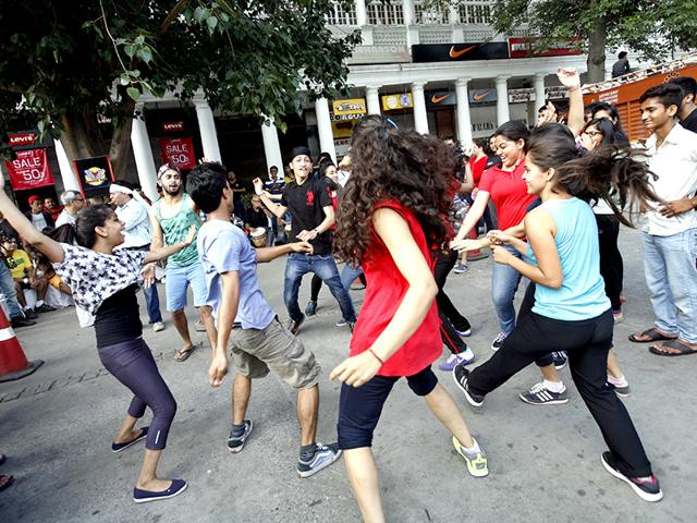 LGBT rights,Delhi flashmob,Cannaught Place