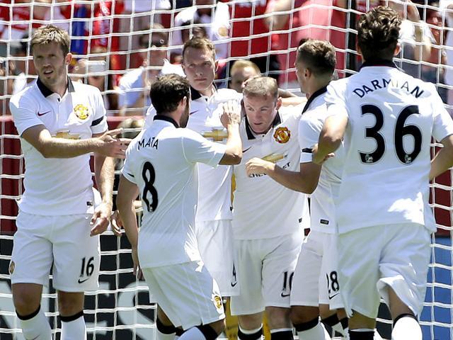 Manchester United vs Barcelona,Wayne Rooney,Louis van Gaal