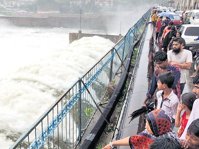 Water is relased from nine floodgates of Kota barrage into the Chambal river after heavy rainfall in Hadauti region on Sunday. (AH Zaidi/ HT Photo)