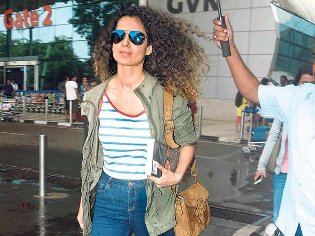 Kangana Ranaut at the Mumbai airport. (Photo: Yogen Shah)