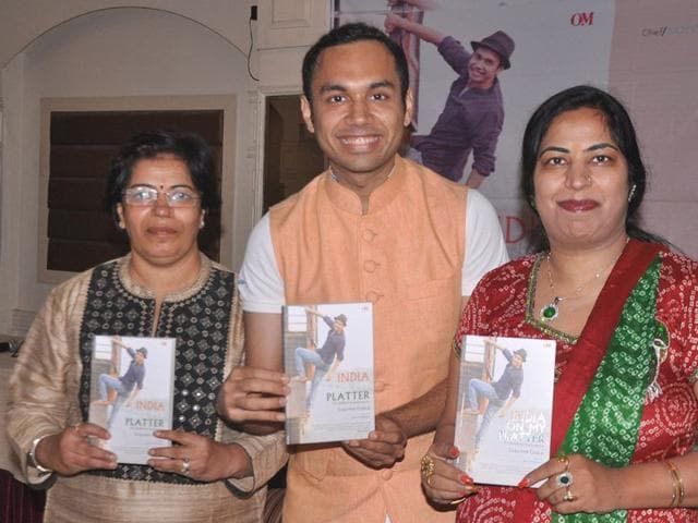 Celebrity chef Saransh Goila at the book launch. HT Photo