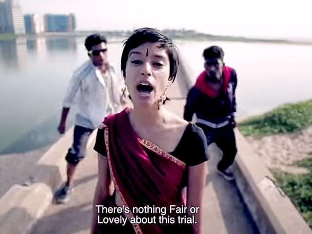 Sofia-Ashraf-centre-in-a-frame-grab-from-her-rap-video-Kodaikanal-Won-t-which-has-been-trending-on-social-media-The-song-is-part-of-a-media-campaign-by-NGO-Jhatkaa-org-to-bring-Hindustan-Unilever-to-account-for-mercury-poisoning-in-Kodaikanal-Photo-courtesy-Jhatkaa-org