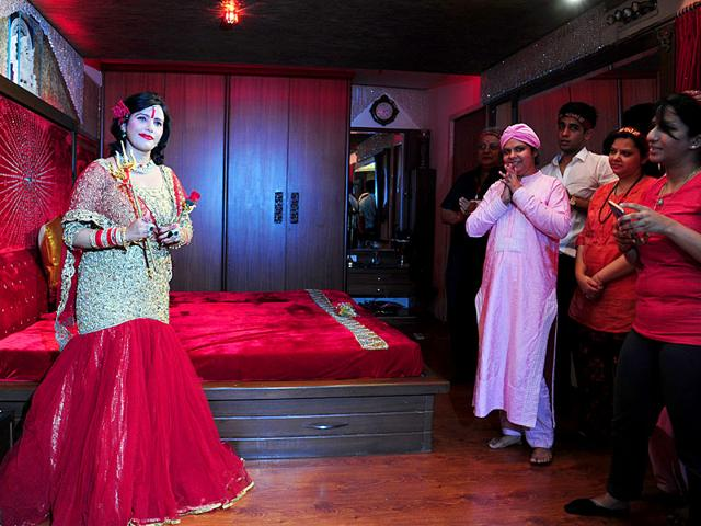 The self-styled spiritual leader Radhe Maa interacts with the media at Walkeshwar, in Mumbai. (Anshuman Poyrekar/HT photo)