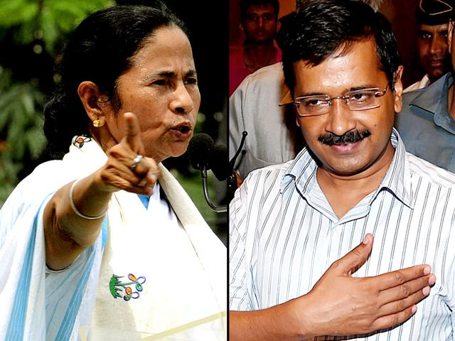 West Bengal CM Mamata Banerjee met her Delhi counterpart Arvind Kejriwal on August 11, 2015. The two, along with JD (U) chief Sharad Yadav and SP supremo Mulayam Singh Yadav will meet at NCP chief Sharad Pawar's residence on August 12, 2015 in New Delhi. (File Photos)
