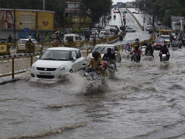 weather,monsoon,heavy rains in Bhopal