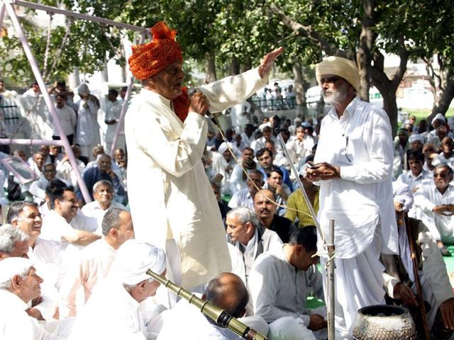 Panchayat polls: House passes bill on minimum edu qualification