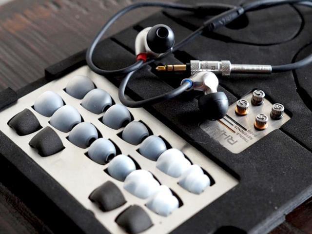 Reid Heath Acoustics,RHA T20,IEMs