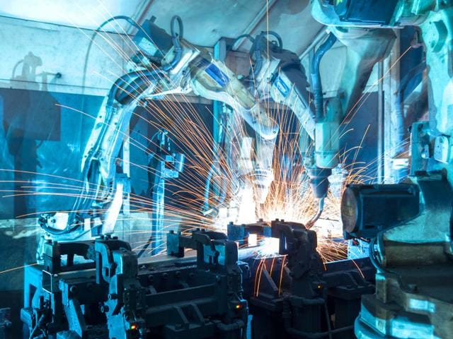 Repesentative photo showing industrial robots at work. (Shutterstock Photo)