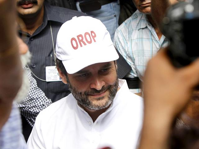 Congress vice president Rahul Gandhi attends a protest to support ex-servicemen calling for 'One Rank One Pension' ruling in New Delhi on Friday. (HT Photo/Arun Sharma)