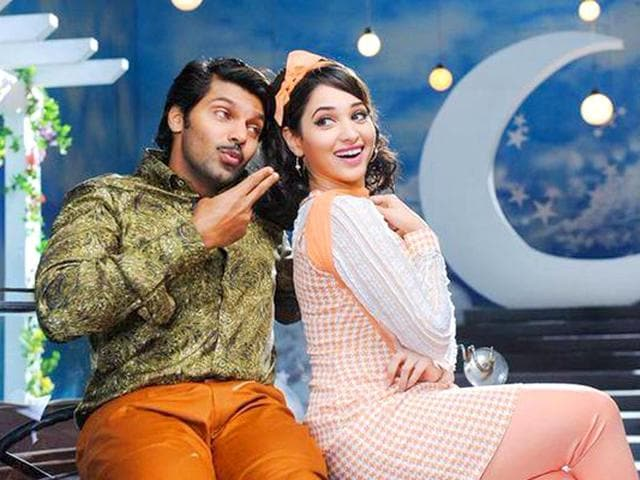 VSOP is a situational comedy starring Arya, Santhanam and Tamannaah.
