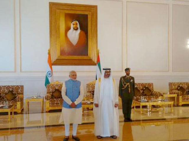PM Modi with UAE's Crown Prince HH Sheikh Mohd bin Zayed Al Nahyan in Abu Dhabi on Sunday, 16 August, 2015. (Picture courtsey: @MEAIndia)