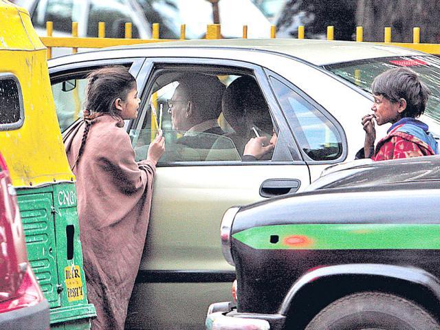 Street children,Children begging on roads of Delhi,Delhi government