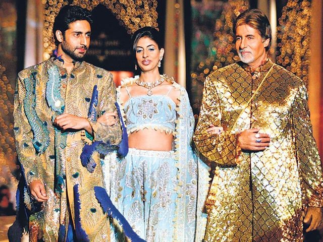 """Designers Abu Jani and Sandeep Khosla say they share a """"magical"""" bond with the veteran Bollywood actor's family. (File)"""