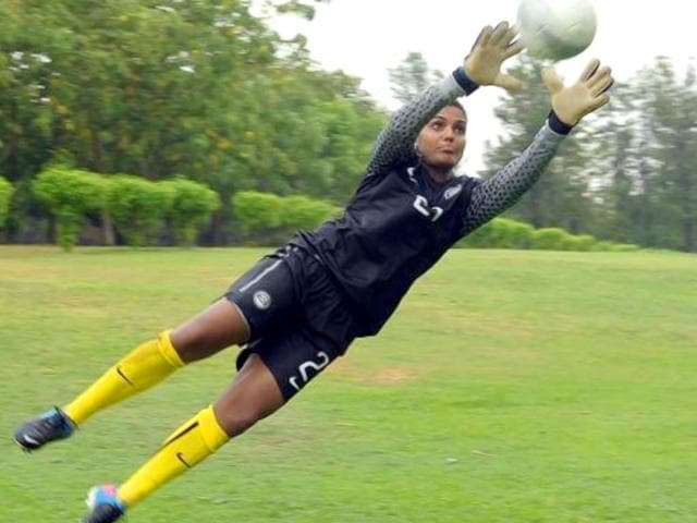 Aditi Chauhan,West Ham United,Indian footballer