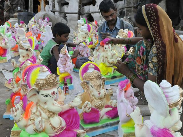 The NGT directed MP government to send instructions to all collectors to identify idols made of pop in their respective areas and destroy them. (Mujeeb Faruqui/HT file)