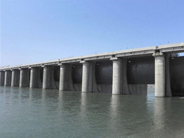 Prolonged delay in commissioning of the Maheshwar hydel project has led to steep cost escalation, raising questions over its viability. (HT photo)