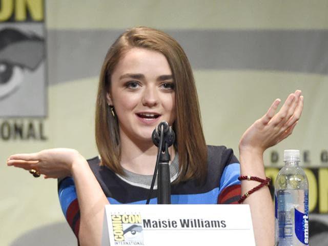 Maisie williams sex scene