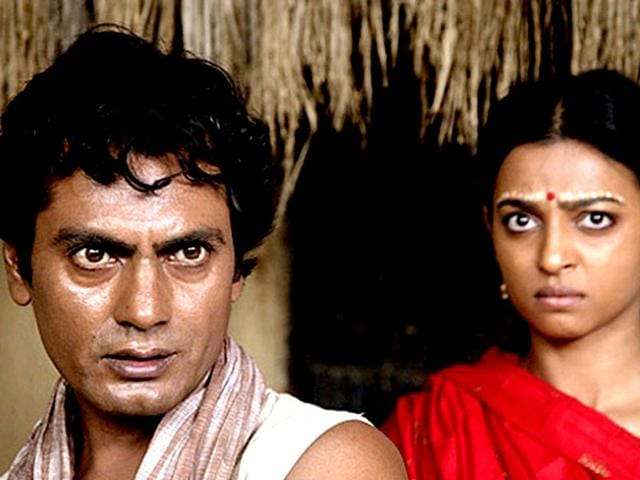 Nawazuddin Siddiqui, Radhika Apte in Manjhi - The Mountain Man.
