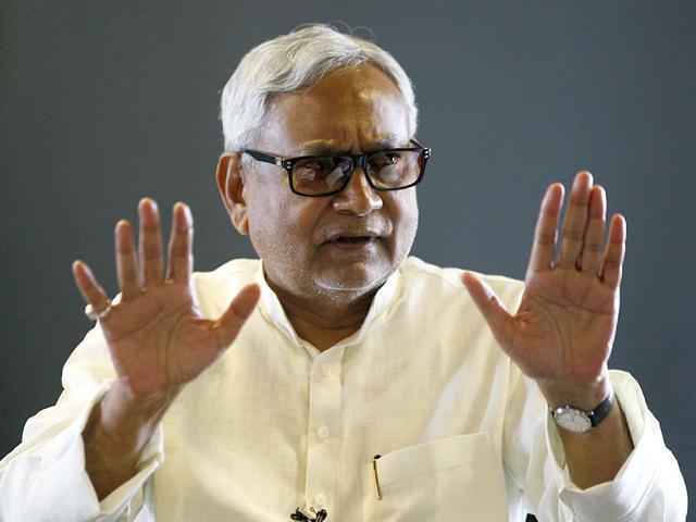 JD(U) leader Nitish Kumar talks about Bihar elections at Hindustan Times House in New Delhi. (Raj K Raj/ HT Photo)